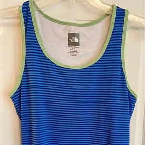 Women's North Face tank